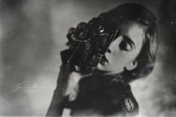 hide_behind_a_mask_by_Catliv, deviantART,  site: http://catliv.deviantart.com/art/hide-behind-a-mask-IV-187210592