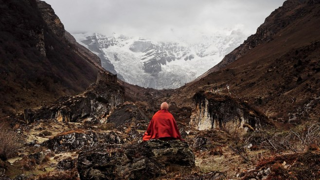 worlds happiest man, mathieu richard, red monk robe, http://www.gq.com/story/happiest-man-in-the-world-matthieu-ricard